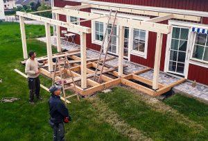 Aufbau Terrasse mit Glasdach in Pattigham