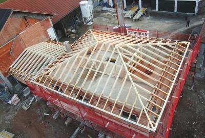 Walmdach von oben Hattinger Holzbau GmbH Innviertel